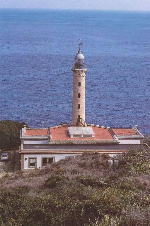 Faro de Punta Carnero