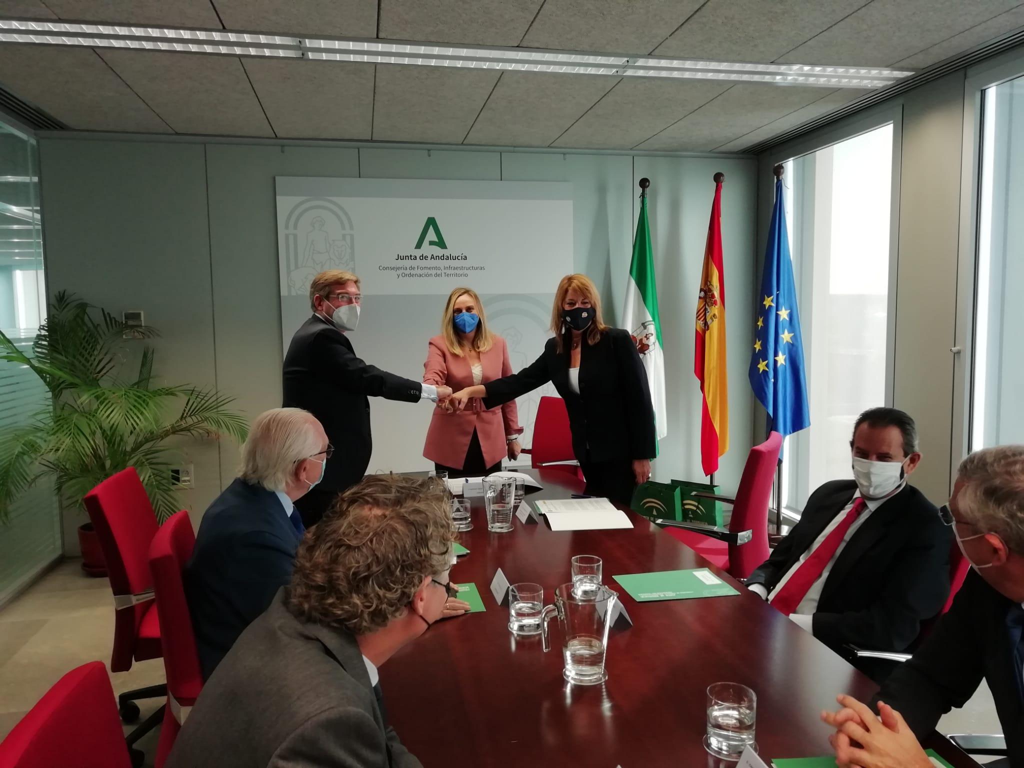 LAS AUTORIDADES PORTUARIAS DE HUELVA Y SEVILLA ACUERDAN INTEGRARSE EN LA RED LOGÍSTICA ANDALUZA