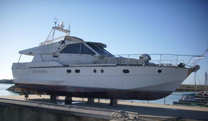 La Junta subasta 15 embarcaciones en puertos de Cádiz, Huelva, Málaga y Almería